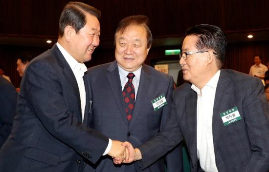 박주선 바른미래당 의원과 정대철 민주평화당 상임고문, 박지원 의원(사진 왼쪽부터, 자료사진) ⓒ데일리안 박항구 기자