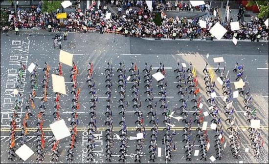 2015년 건군 65주년을 기념하는 국군의 날 기념 시가행진 모습.ⓒ데일리안