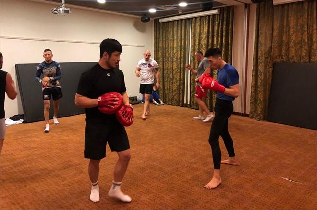 최승우가 UFC 데뷔전을 앞두고 러시아에서 훈련 중이다. ⓒ TNS 엔터테인먼트