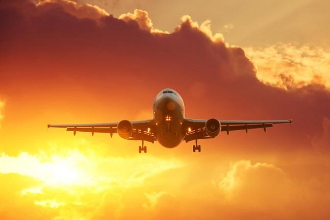 최근 대한항공의 지배구조 논란과 아시아나항공 매각 결정 등으로 항공업계가 혼란스러운 가운데 정부가 국적 항공기 400대 전부에 대해 특별 안전점검을 벌이기로 했다. 또 조종사 심사와 정비 인력 확보 관련 규정도 강화한다. ⓒ게티이미지뱅크