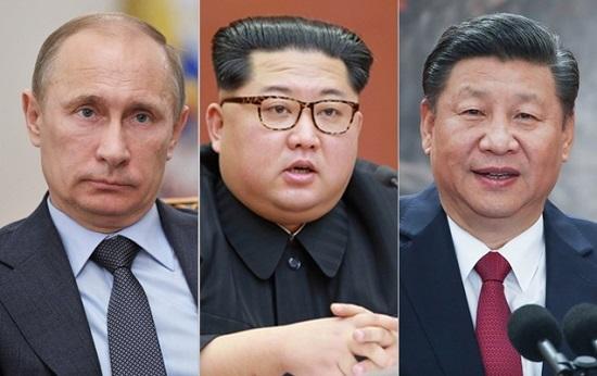 (왼쪽부터) 블라디미르 푸틴 러시아 대통령, 김정은 북한 국무위원장, 시진핑 중국 국가주석ⓒ조선중앙통신, 신화통신