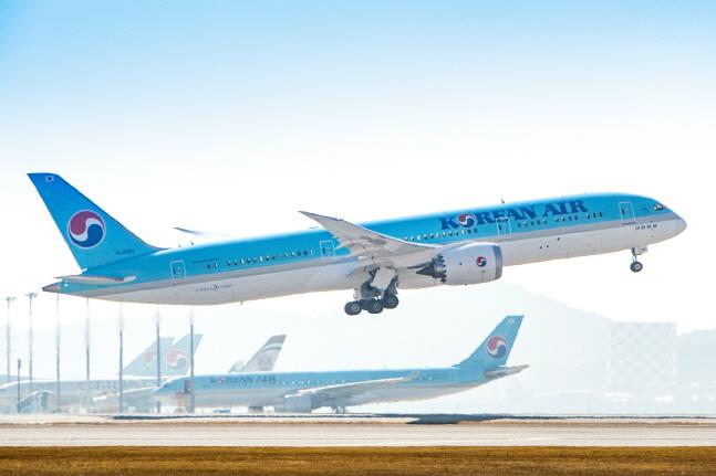대한항공 보잉787-9 여객기가 이륙하고 있다. ⓒ대한항공