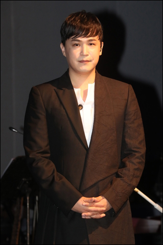 어반뮤직페스티벌 측이 이수의 출연을 강행할 것으로 알려졌다. ⓒ 연합뉴스