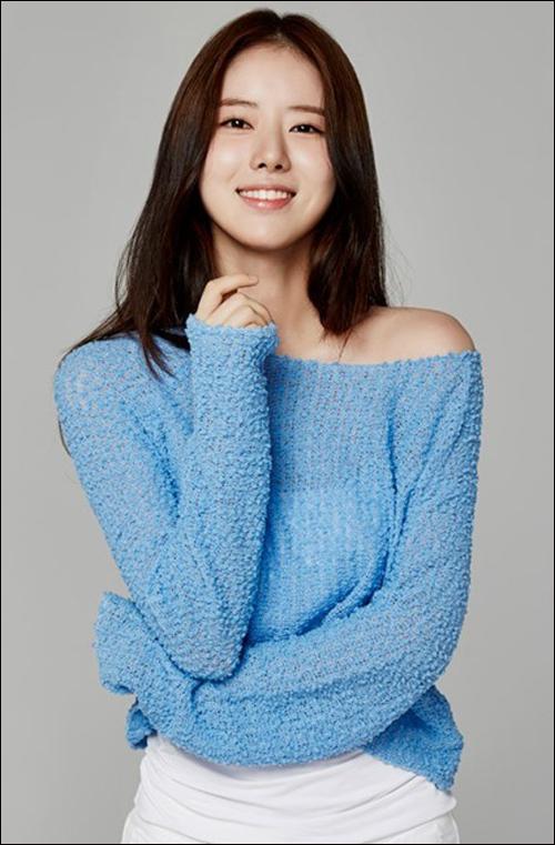 배우 한지선이 폭행·공무집행방해로 법적 처벌을 받은 것과 관련해 사죄의 뜻을 밝혔다.ⓒ제이와이드컴퍼니
