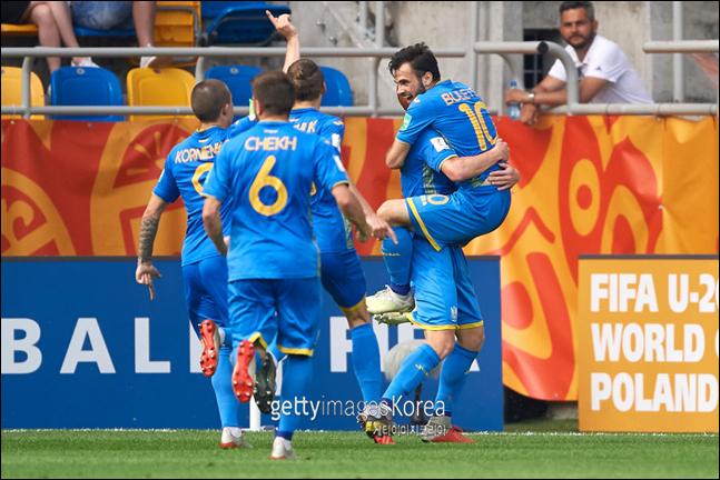이탈리아를 꺾고 결승에 오른 우크라이나. ⓒ 게티이미지