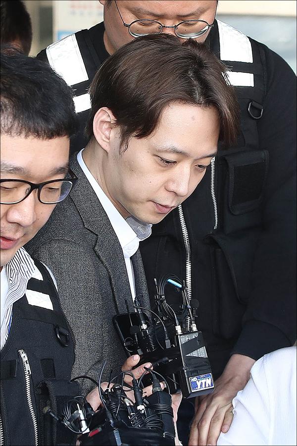 검찰이 마약 혐의로 기소된 박유천에게 징역 1년 6개월을 내려달라고 재판부에 요청했다. ⓒ 데일리안 홍금표 기자