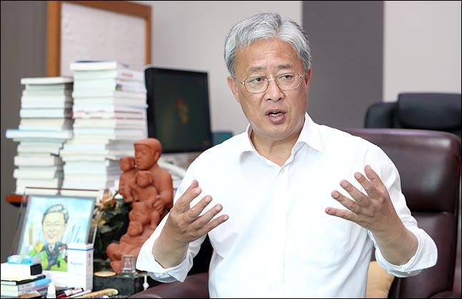 유성엽 민주평화당 원내대표가 13일 오후 의원회관에서 데일리안과 인터뷰를 갖고 있다. ⓒ데일리안 박항구 기자