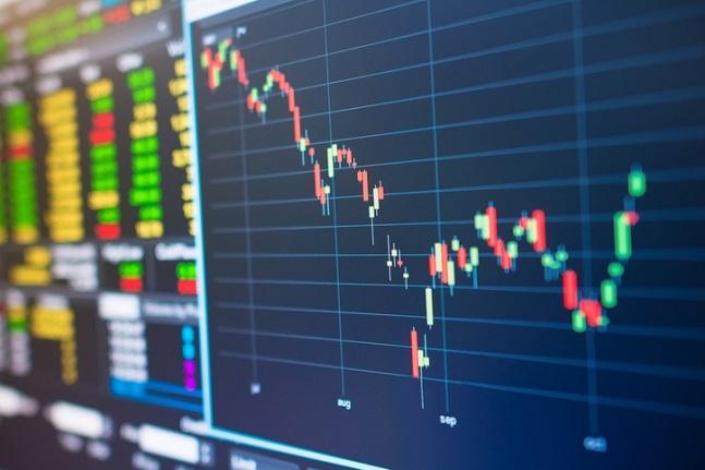 미·중 무역협상 불확실성이 글로벌 금융시장을 지배하는 가운데 코스피시장은 외국인 자금 이탈 우려가 이어지고 있다.ⓒ게티이미지뱅크