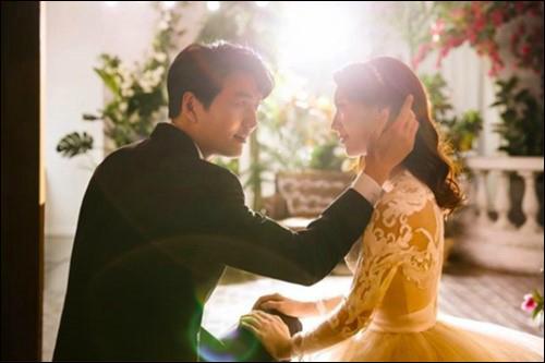배우 이필모와 서수연 부부가 임신 소식을 전했다.이수연 SNS 캡처