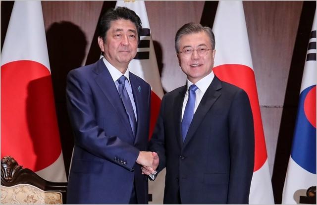 문재인 대통령과 아베 신조 일본 총리 ⓒ청와대