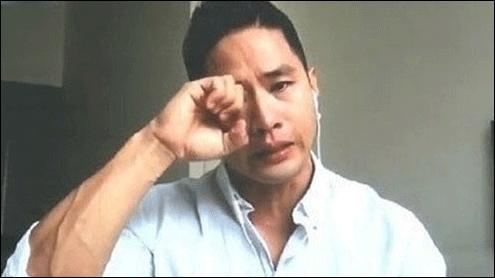 가수 유승준과 그의 가족들이 대법원 판결 소식을 듣고 눈물을 흘렸다. 아프리카TV 캡처.