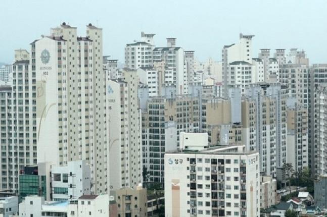 지방의 한 아파트 밀집지역 모습. ⓒ연합뉴스