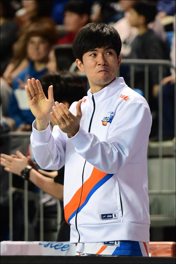 공연음란행위로 은퇴를 선언한 인천 전자랜드 가드 정병국에 대한 재정위원회가 열린다. ⓒ KBL