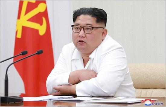 북한 내각이 전원회의 확대회의를 열어 상반기 경제계획 이행 상황을 점검하고 향후 달성 방안을 논의했다.ⓒ 조선중앙통신