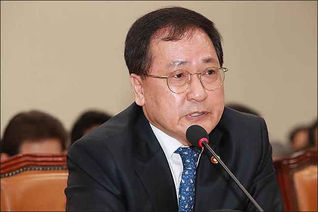 유영민 과학기술정보통신부 장관(자료사진).ⓒ데일리안 류영주 기자