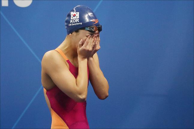 아쉬움을 딛고 김서영은 대회 마지막 날인 28일 개인혼영 400m에 출전, 다시 한 번 메달에 도전한다. ⓒ 데일리안 홍금표 기자