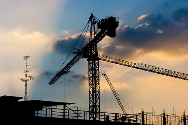 건설업계가 법적 공방과 입찰 결과 불복 등의 다툼으로 얼룩지고 있다. 최근 눈에 띄는 점은 대형건설사들이 소송전도 마다하지 않는 다는 점이다. 사진은 건설현장 모습.(자료사진). ⓒ게티이미지뱅크
