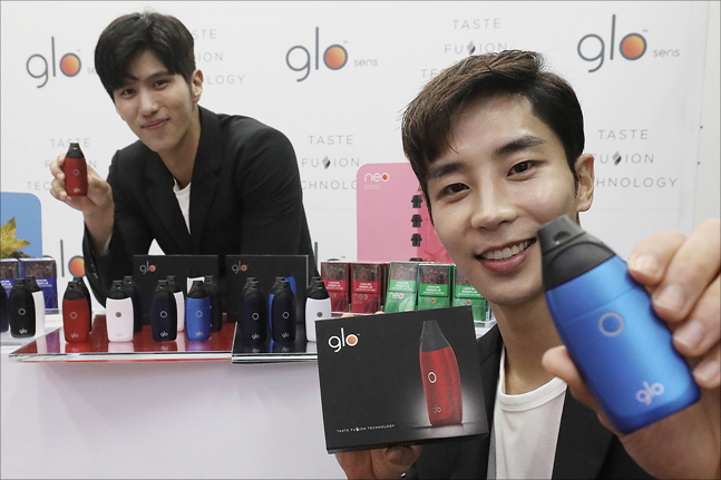 13일 서울 성동구 에스팩토리에서 BAT코리아의 전자담배 신제품 글로 센스(glo™ sens) 출시행사에서 모델들이 신제품을 선보이고 있다. ⓒ데일리안 홍금표 기자