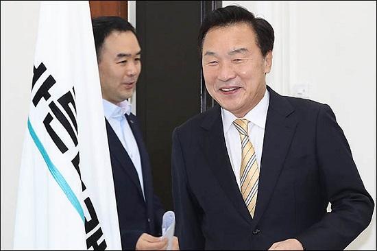 손학규 바른미래당 대표가 12일 오전 서울 여의도 국회에서 열린 최고위원회의에 모두발언을 하고 있다. ⓒ데일리안 류영주 기자