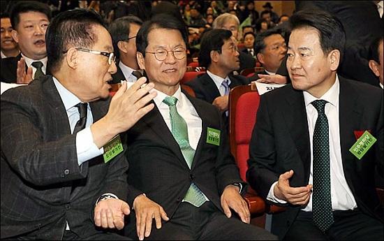 왼쪽부터 대안정치연대 소속 박지원 의원과 천정배 의원, 평화당 소속 정동영 대표.(자료사진)ⓒ데일리안 박항구 기자