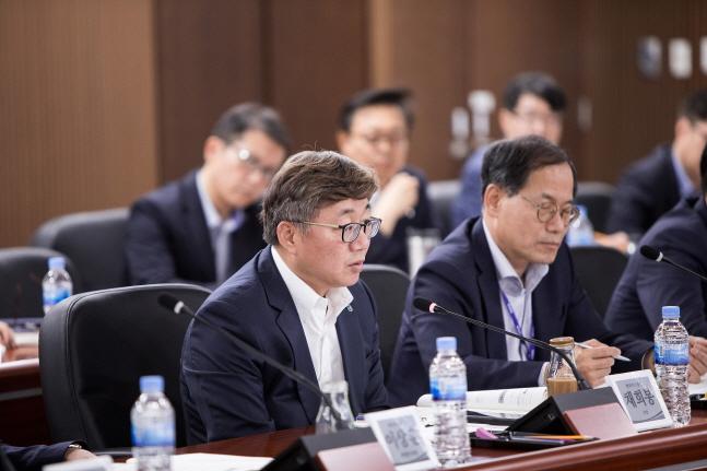 채희봉 한국가스공사 사장이 지난달 23일  대구 본사에서 열린 '2019 KOGAS 혁신위원회'에서 발언을 하고 있다.ⓒ한국가스공사