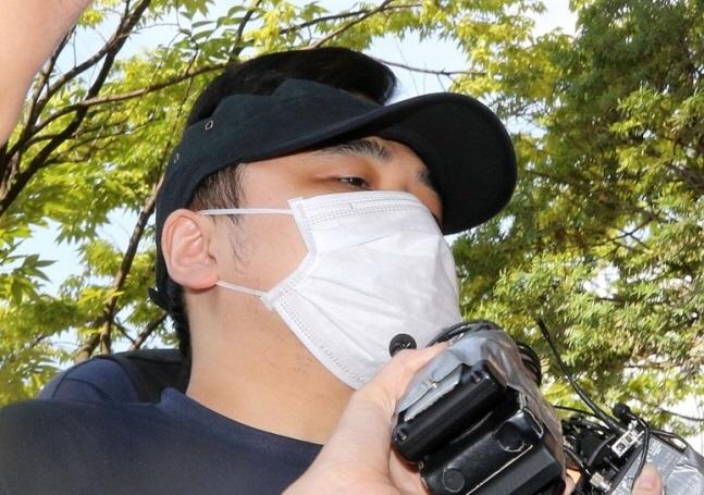 경기북부지방경찰청은 신상공개위원회를 열어 A씨의 신상 공개 여부와 범위를 결정할 예정이라고 19일 밝혔다. ⓒ연합뉴스