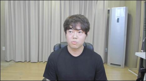 성희롱 논란에 휩싸였던 BJ 감스트가 복귀했다. 감스트 유튜브 캡처.