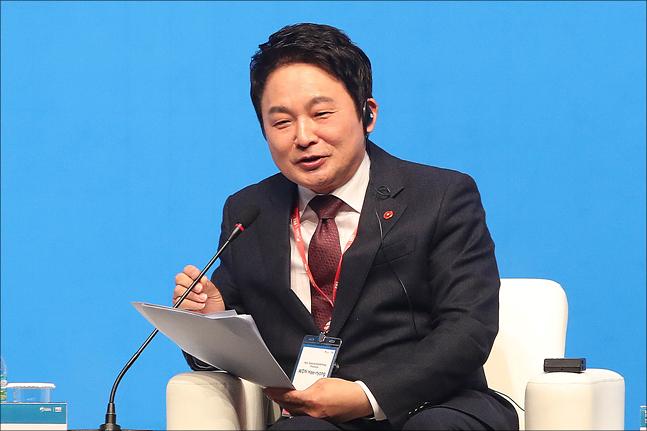 원희룡 제주도지사가 20일 오후 서울 중구 신라호텔에서 열린