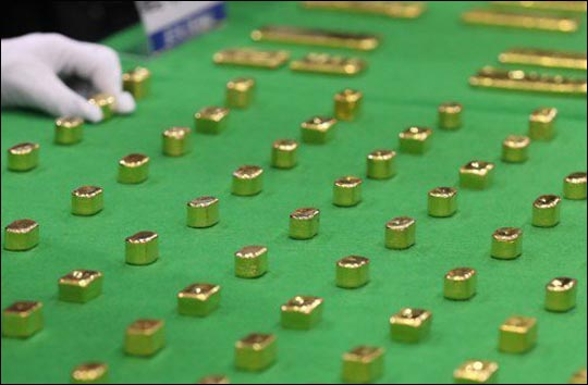 인도 수도 뉴델리 국제공항에서 몰래 금을 들여오려던 한국인이 또 체포됐다.ⓒ연합뉴스