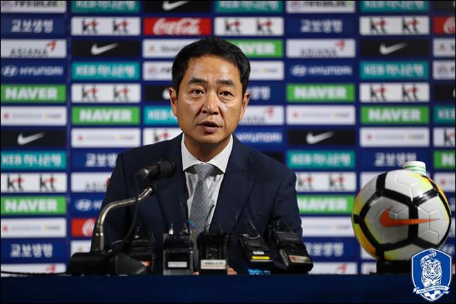 한국여자축구국가대표팀의 지휘봉을 잡게 된 최인철 감독이 사상 첫 올림픽 본선 진출과 4년 뒤 월드컵 16강 진출을 목표로 내걸었다 ⓒ 대한축구협회