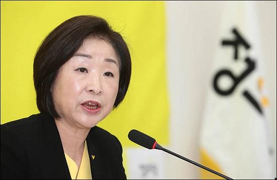 심상정 정의당 대표가 지난 8월 19일 국회에서 취임 1개월 및 현안 관련 기자회견을 하고 있다. ⓒ데일리안 박항구 기자
