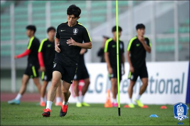 투르크메니스탄과의 첫 경기에 나서는 한국. ⓒ 대한축구협회