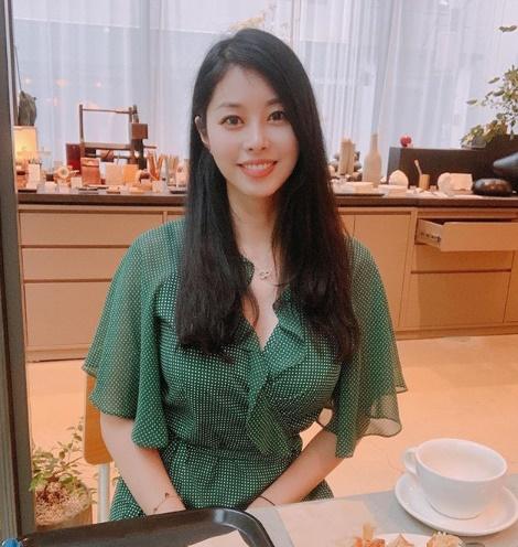 방송인 서세원, 서정희의 딸이자 변호인 서동주가 연예기획사와 전속 계약을 체결하고 방송 활동에 나선 소감을 밝혔다.ⓒ서동주 인스타그램