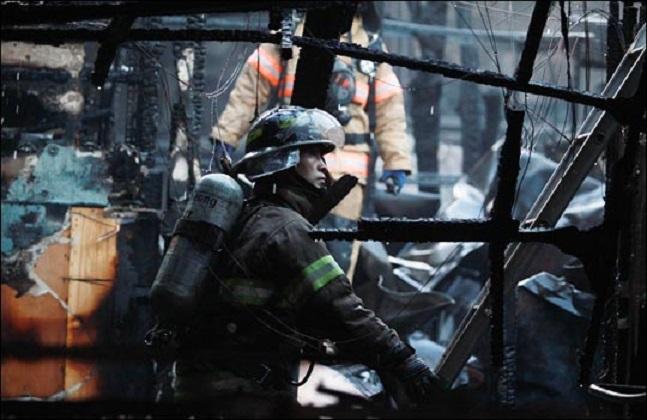 화재현장에 출동한 한 소방관의 모습.(자료사진)ⓒ데일리안
