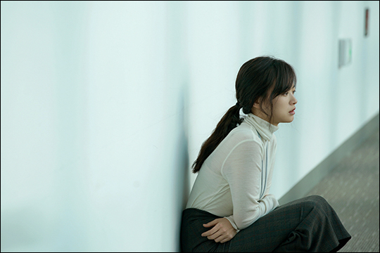 배우 천우희가 브라운관과 스크린에서 극과 극 매력을 선보이고 있다. ⓒ 영화사도로시