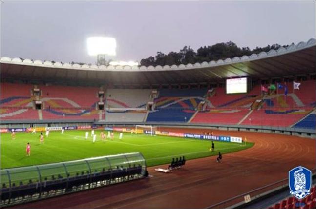 사상 초유의 무관중으로 진행된 한국과 북한의 대결이 0-0 무승부로 종료가 됐다. ⓒ 대한축구협회