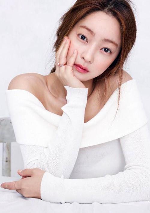 서효림이 김수미 아들과 열애 중이다. ⓒ 마지끄