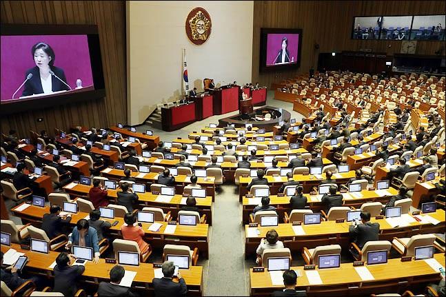 심상정 정의당 대표가 지난달 31일 열린 국회 본회의에서 비교섭단체 대표발언을 하고 있다. ⓒ데일리안 박항구 기자