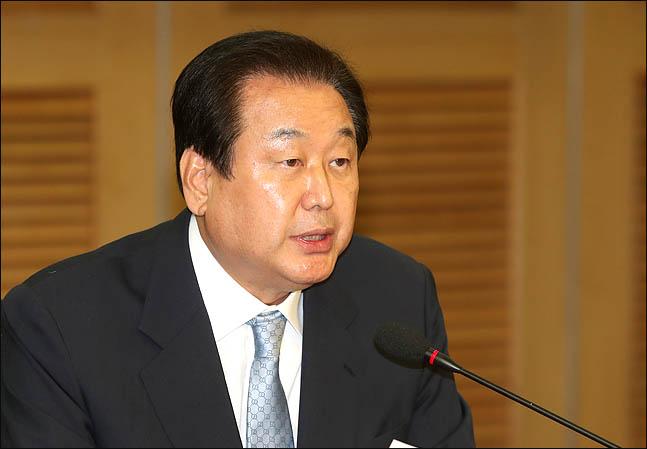 김무성 자유한국당 의원이 12일 오전 국회 의원회관에서 열린