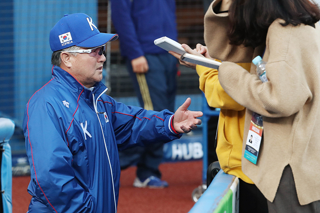 대만전 패배로 남은 경기(멕시코, 일본) 전승의 부담을 안게 된 김경문 감독. ⓒ 데일리안 홍금표 기자