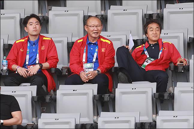 박항서 감독은 재계약 이후 열린 첫 A매치에서 기분 좋은 승리를 거뒀다. ⓒ 데일리안 류영주 기자