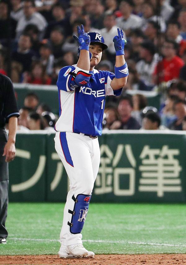 [야구 한일전] 강백호는 겁 없는 스윙으로 4타수 2안타 3타점 맹활약했다. ⓒ 데일리안 홍금표 기자