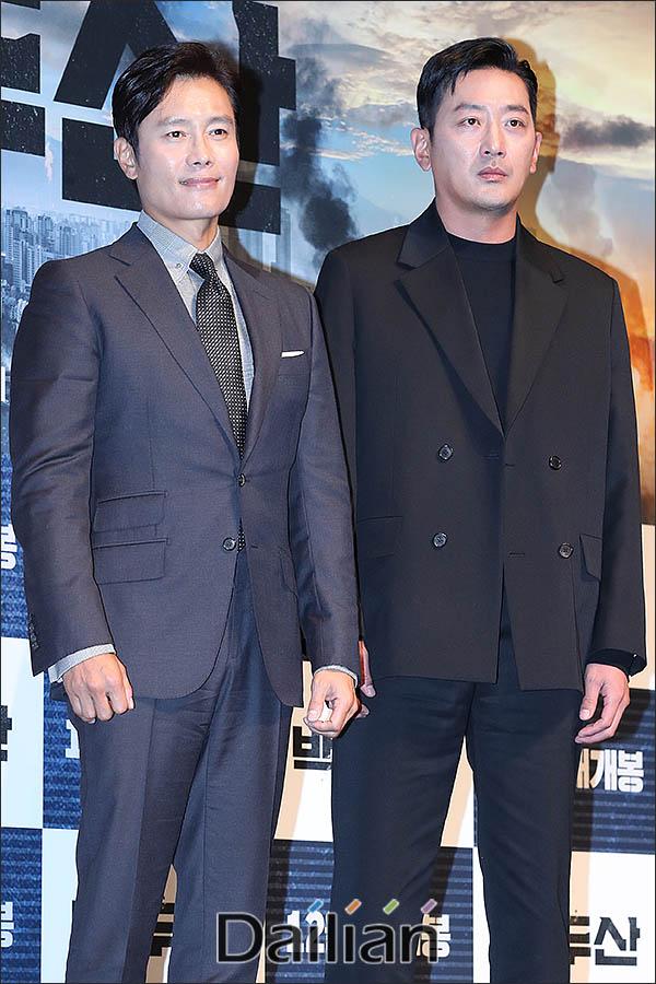 19일 서울 강남구 압구정CGV에서 열린 영화