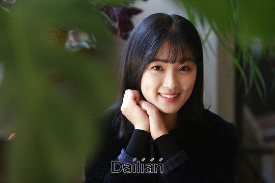 배우 김혜윤이 25일 서울 강남구 논현동의 한 카페에서 진행된 MBC 드라마