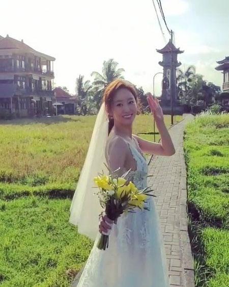 배우 전혜빈이 결혼 소감을 전했다.ⓒ전혜빈 SNS