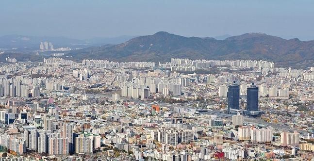 지난 주말 지방 5곳의 정비사업이 일제히 시공사 총회를 개최하며 시공사를 낙점했다. 사진은 대전 시내 전경.(자료사진) ⓒ연합뉴스