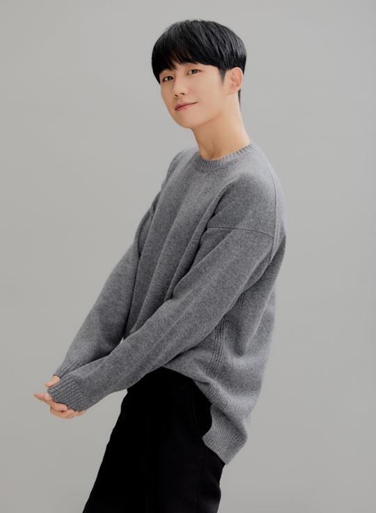 배우 정해인은 영화