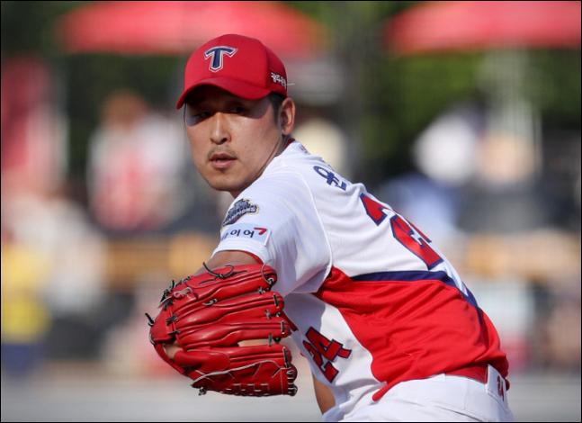 윤석민이 은퇴를 밝힌 뒤 SNS를 통해 야구팬들에게 직접 작별 인사를 남겼다. ⓒ KIA 타이거즈