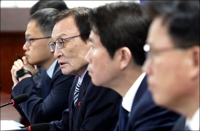 이해찬 더불어민주당 대표가 모두발언을 하고 있다(자료사진). ⓒ데일리안 박항구 기자