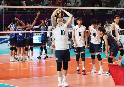 한국은 아시아최강으로 평가 받는 이란 배구에 번번이 좌절을 맛봤다. ⓒ연합뉴스